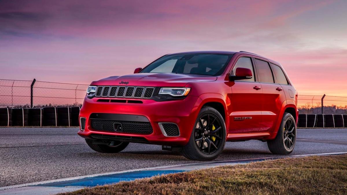 Jeep Grand Cherokee Trackhawk 3/4 view