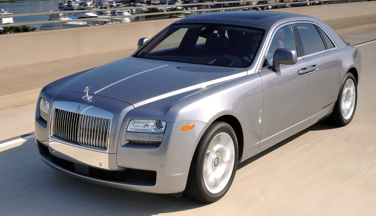 2010 Rolls-Royce Ghost - left front view
