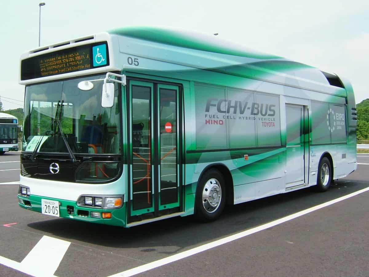 Toyota FCHV City Bus - hydrogen bus