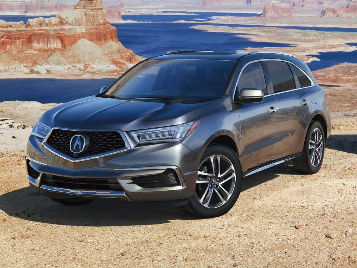 Acura MDX front 3/4 view