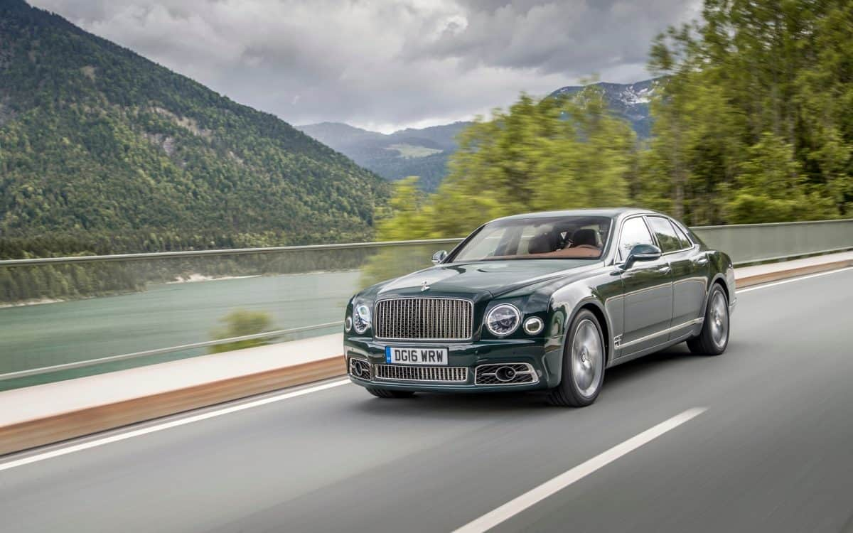 Bentley 2019 Lineup - Mulsanne front 3/4 view