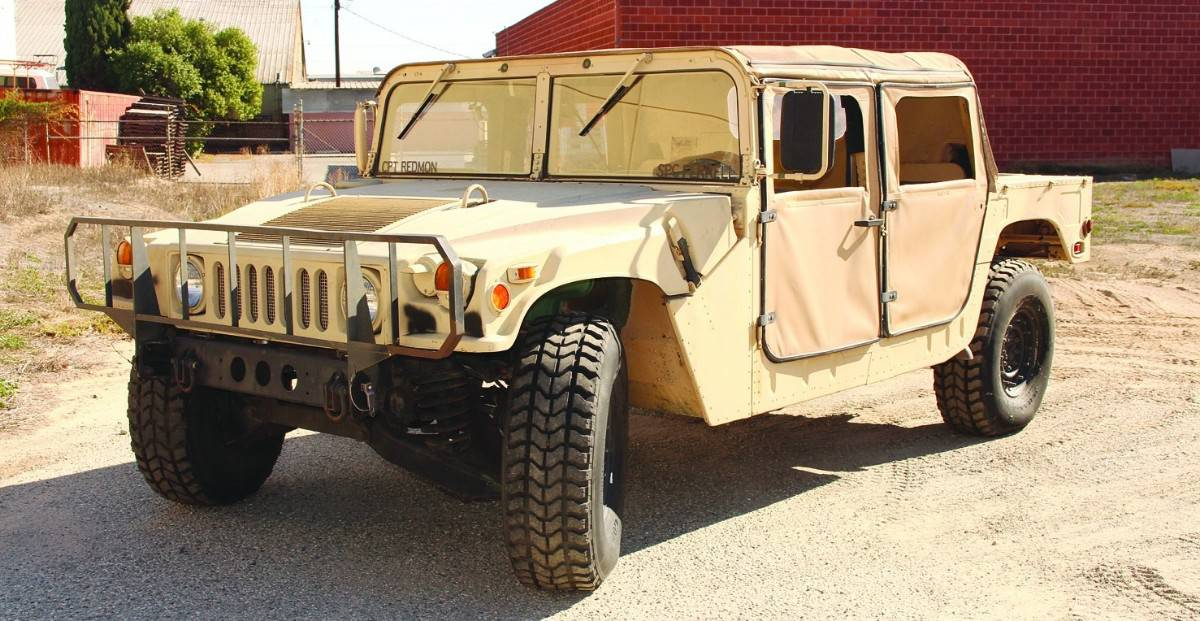 1987 AM General M998 Humvee - left front view