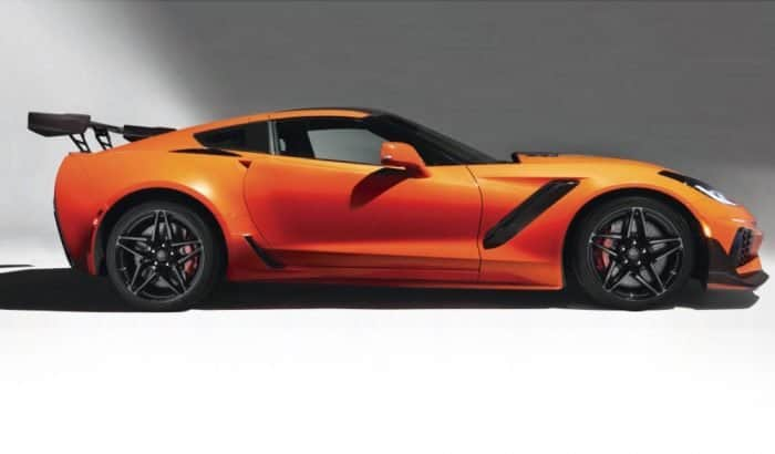 Corvette ZR1 side view
