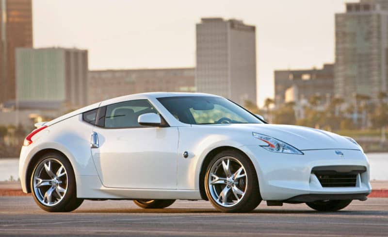 Nissan 370Z Side View