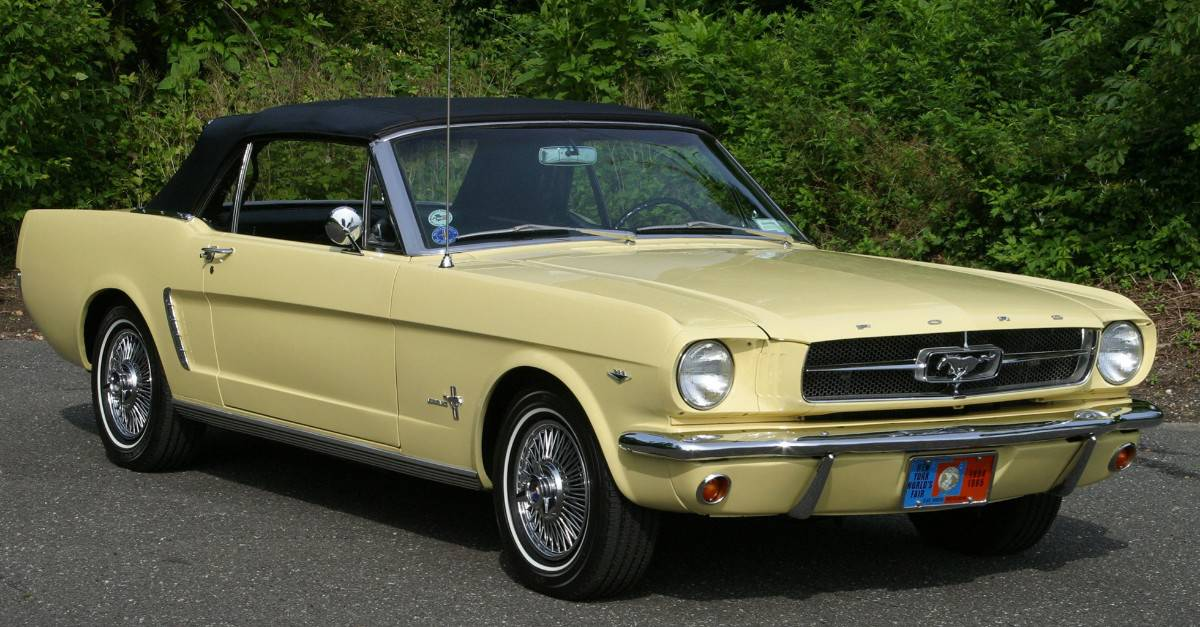 1964 Ford Mustang right front view