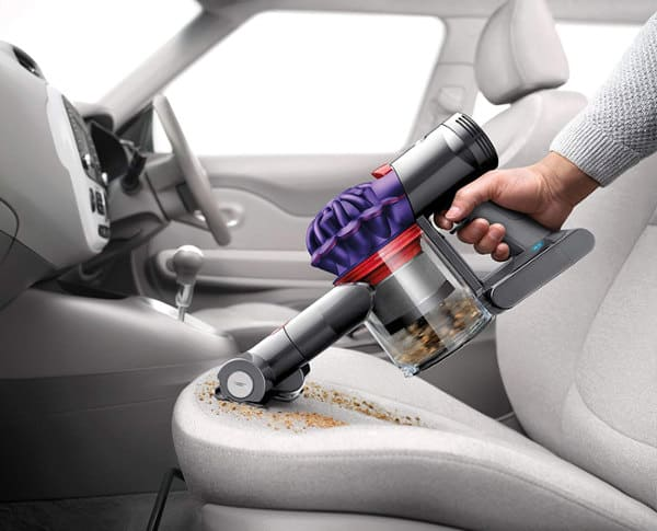 How to vacuum a car