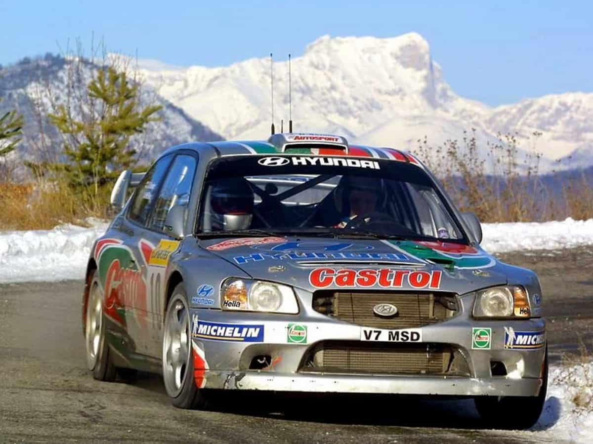 2001 Hyundai Accent WRC - front view