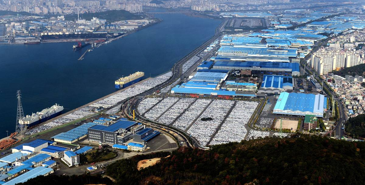 Hyundai Ulsan factory - overhead view