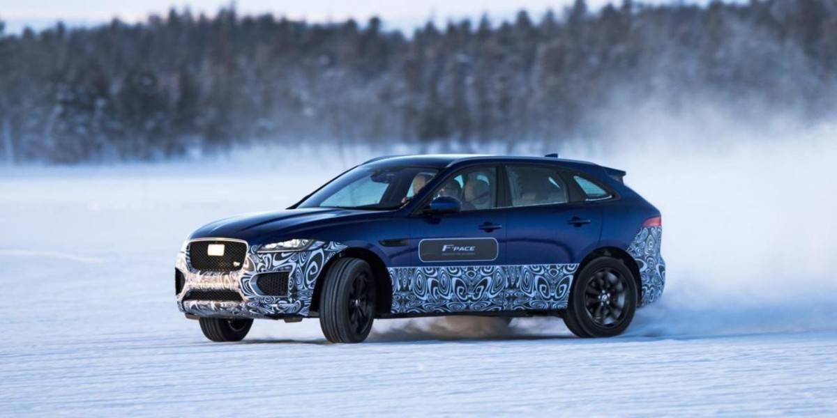 Jaguar F-Pace Ice Academy Sweden