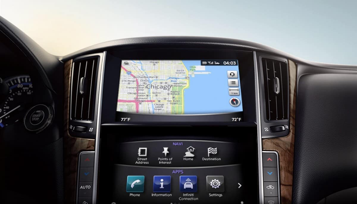 Infiniti InTouch System - up close view