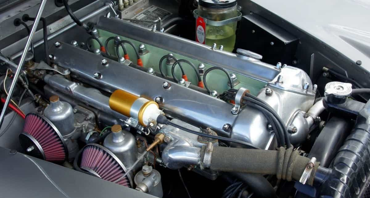 Twin OHC XK Engine - top view