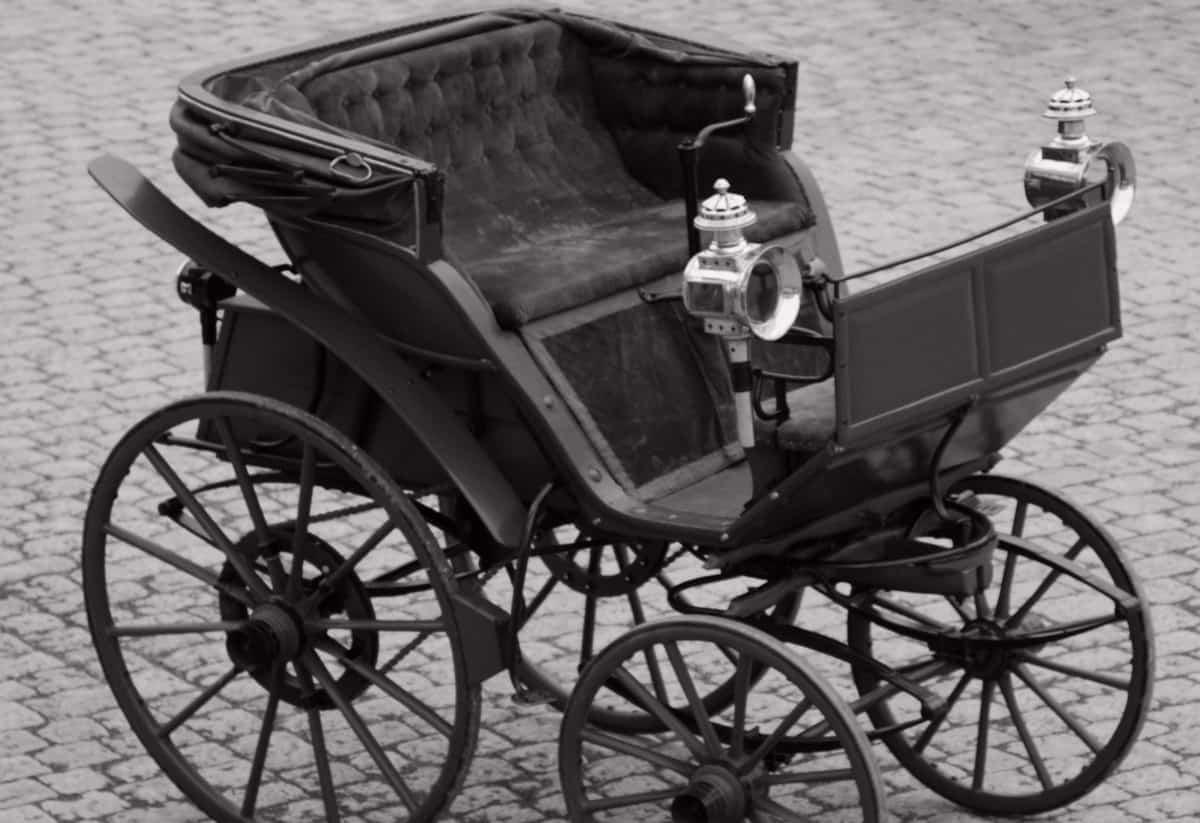 1888 Flocken Elektrowagen - right front view
