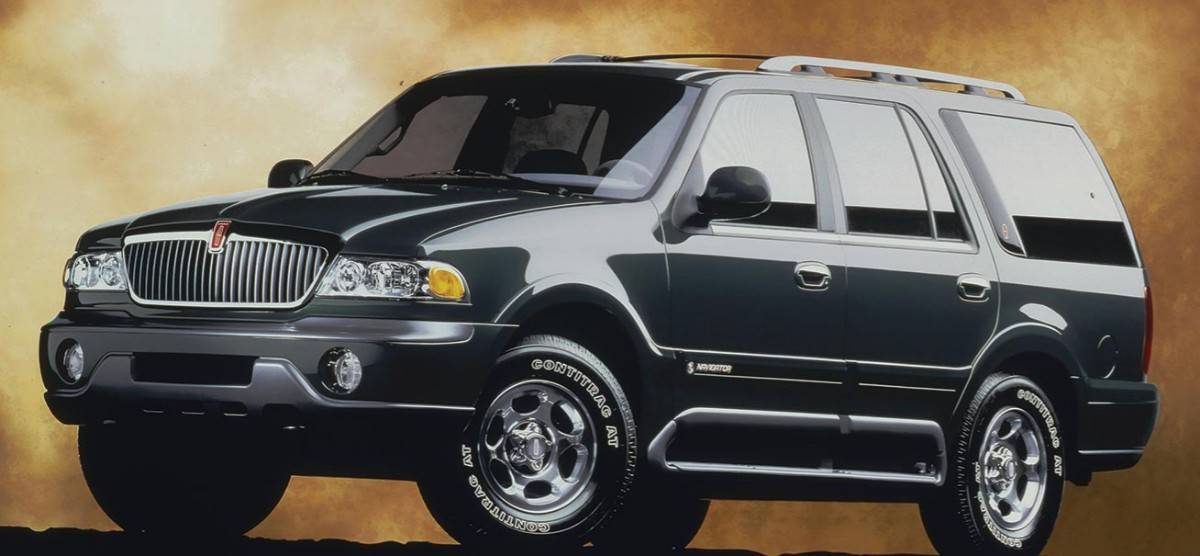 1998 Lincoln Navigator - left front view