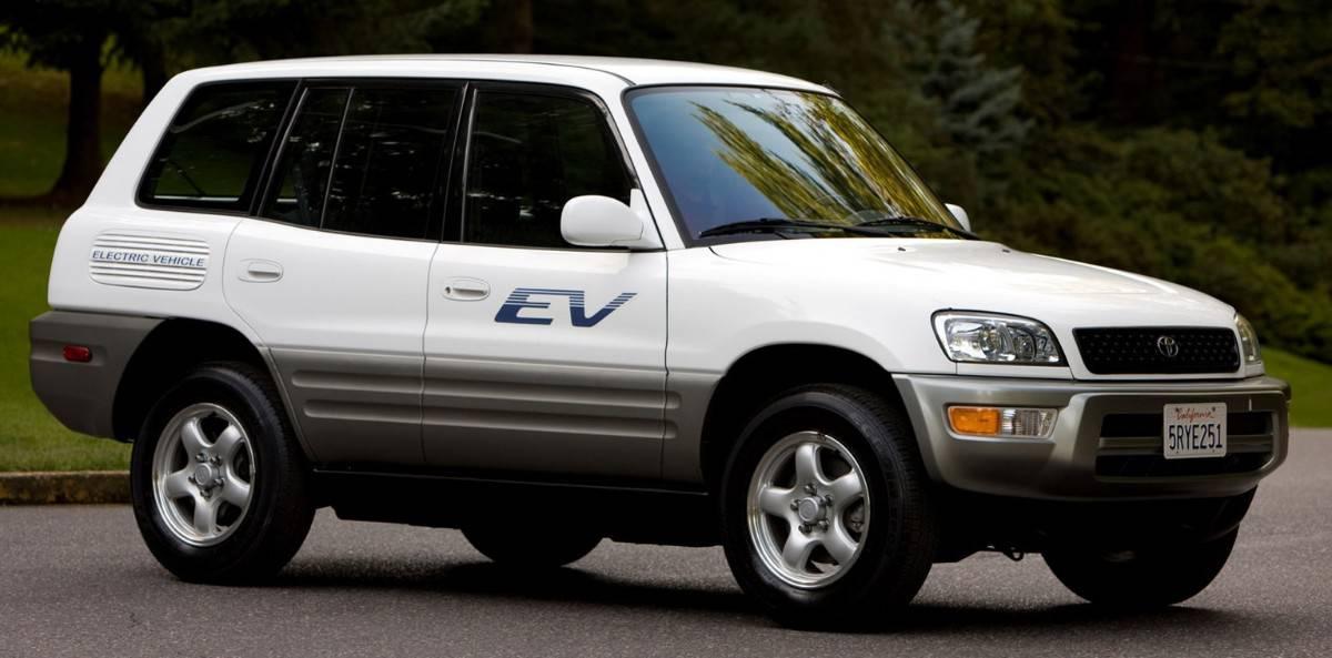 2002 Toyota RAV4 EV - right side view