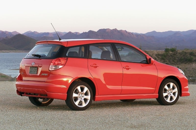 2004 Toyota Matrix - right side view