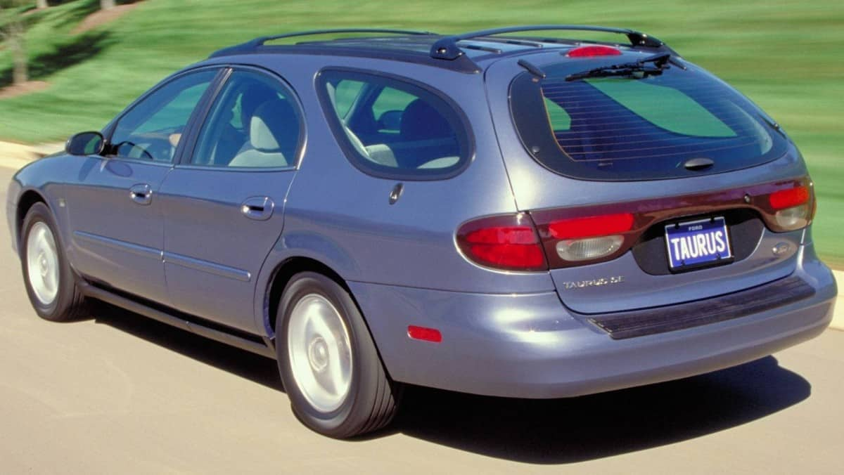 Ford Taurus Wagon - rear view