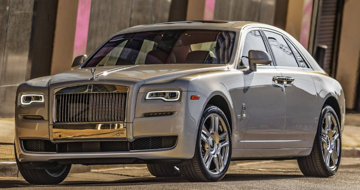 Rolls Royce Ghost - front view