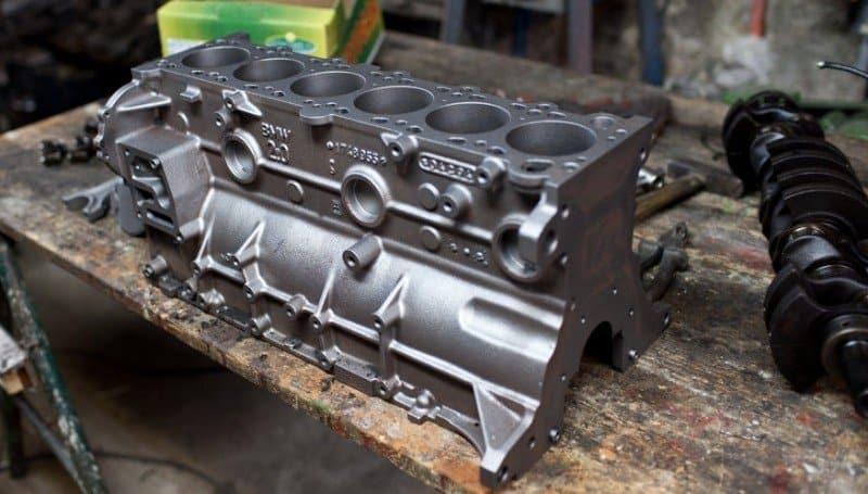 sand blast engine block