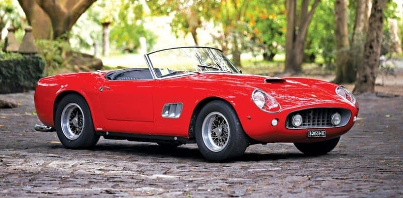 1961 Ferrari 250 GT - right side view