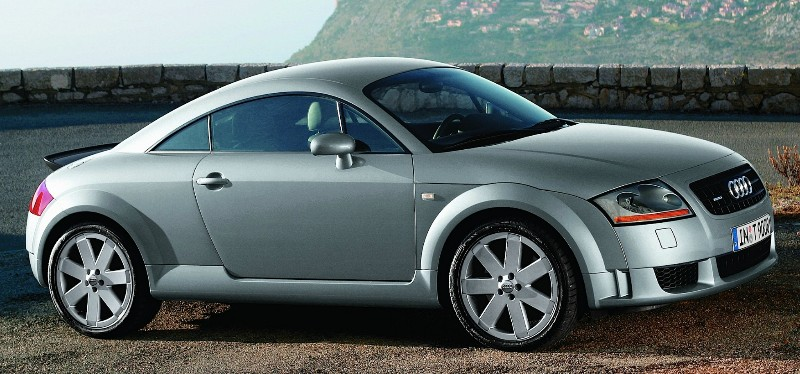 2000 Audi TT - passenger side view