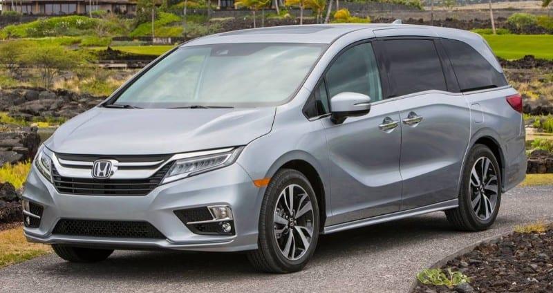 2018 Honda Odyssey - left front view