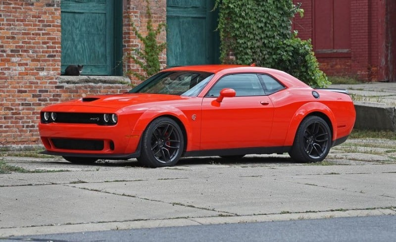 Dodge Challenger SRT 392 - drivers side view