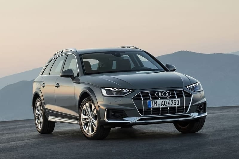 2020 Audi A4 Allroad wagon 3/4 view