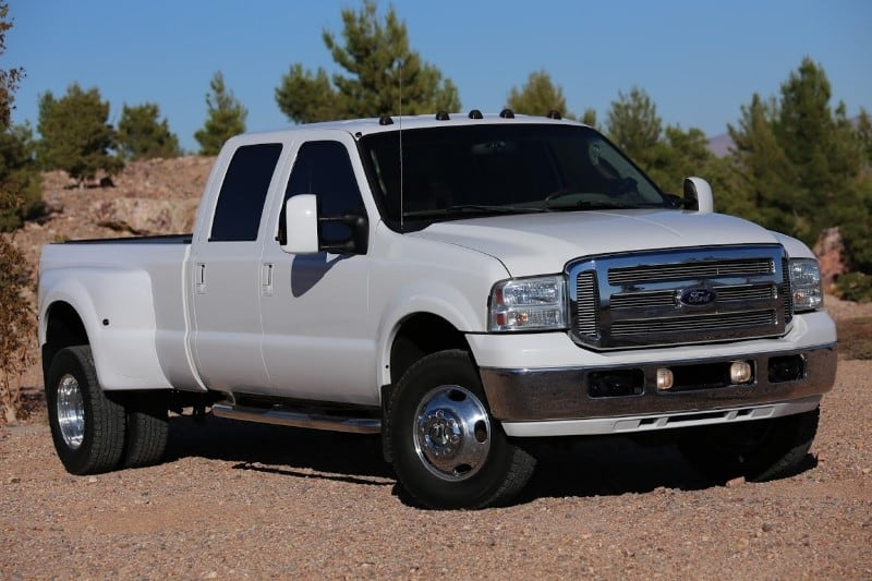 2005 Ford Super Duty - 4 door trucks
