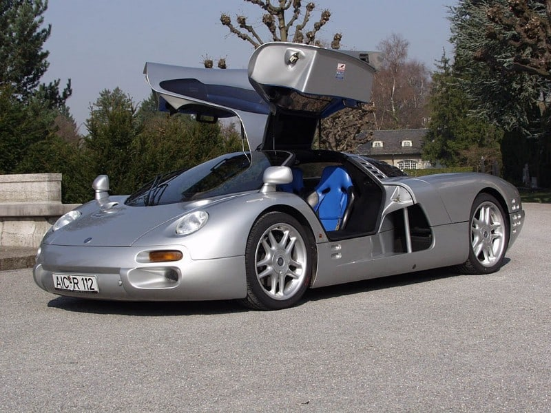 Isdera Commendatore - driver side view