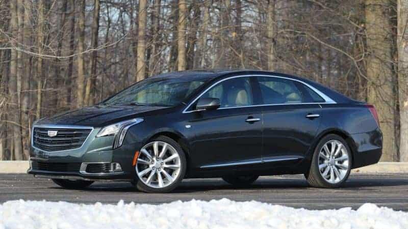 Cadillac XTS front 3/4 view