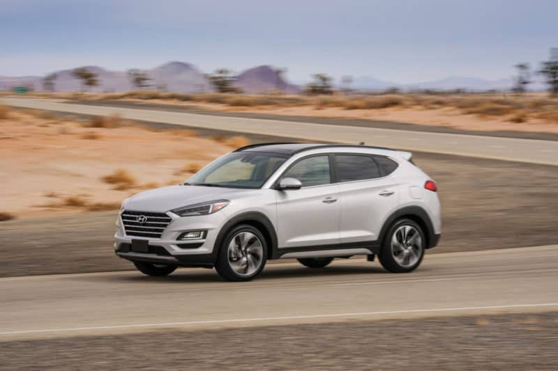 Hyundai Tucson profile view