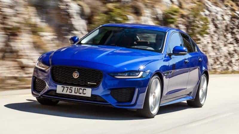 2020 Jaguar XE front 3/4 view