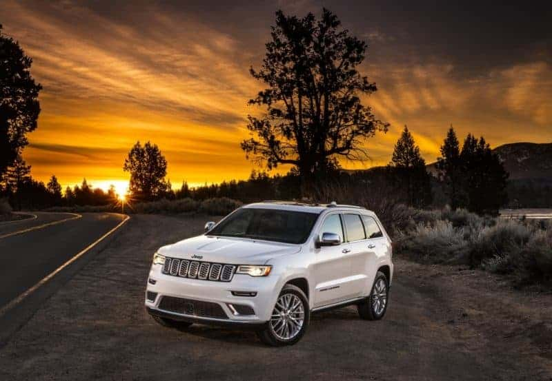 Jeep Grand Cherokee front 3/4 view