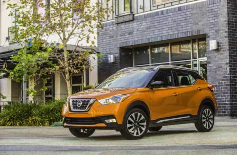 Nissan Kicks front 3/4 view