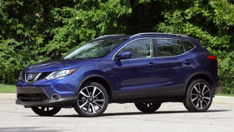 Nissan Rogue front 3/4 view