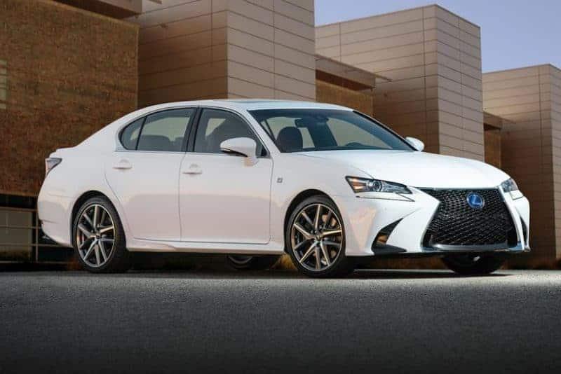 Lexus GS front 3/4 view