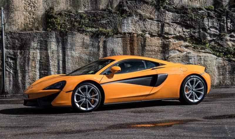 McLaren 540C front 3/4 view