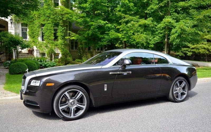 Rolls-Royce Wraith front 3/4 view