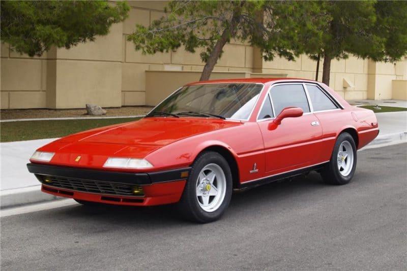 Ferrari 400 front 3/4 view