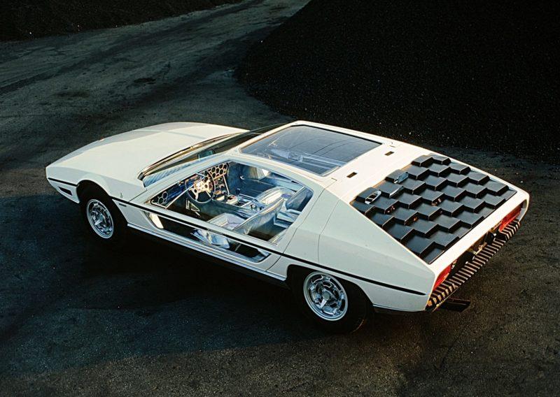 Lamborghini Marzal rear 3/4 isometric view