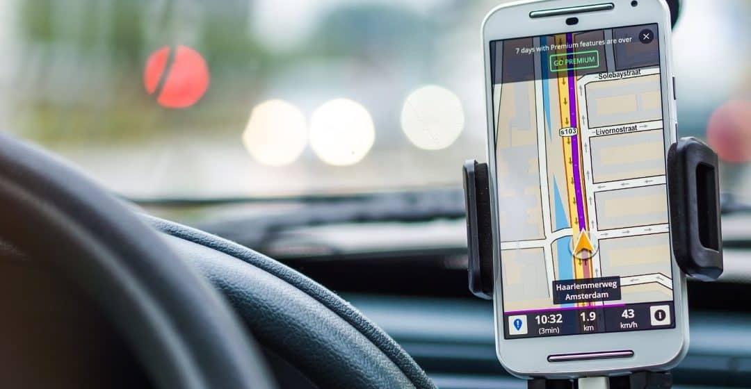 Navigation apps on car phone mount