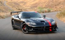 Dodge Viper is one of the undeservedly discontinued cars