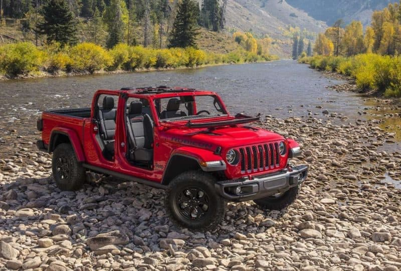 Jeep Gladiator front 3/4 view