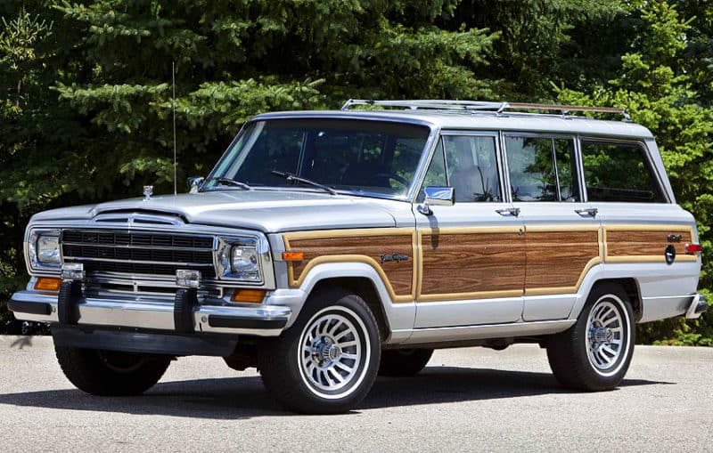 Jeep Wagoneer is one of the most iconic discontinued cars on our list