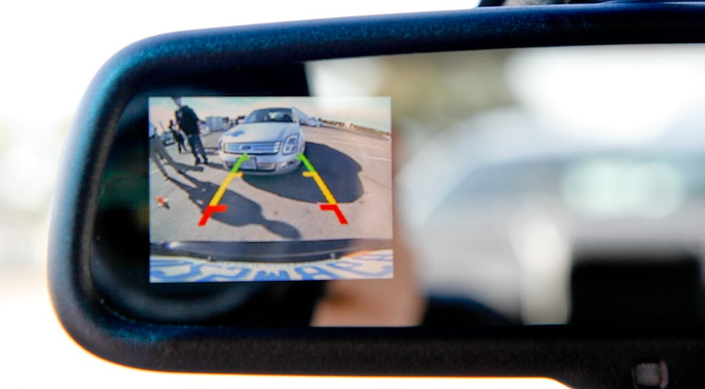 Backup camera in rearview mirror