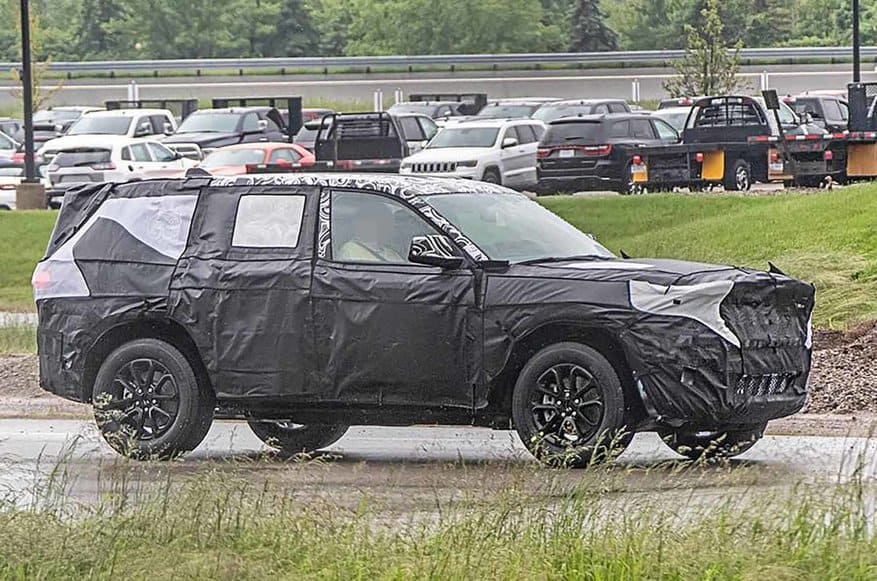 Jeep Grand Cherokee promises to be one of the best 2021 crossovers