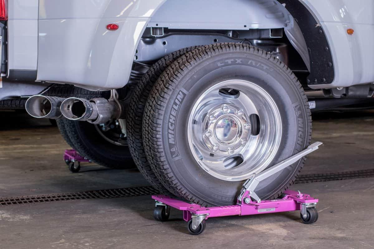 Hydraulic Car Dolly