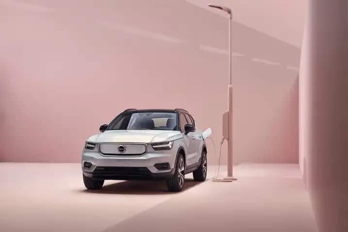2021 Volvo XC40 Recharge Charging