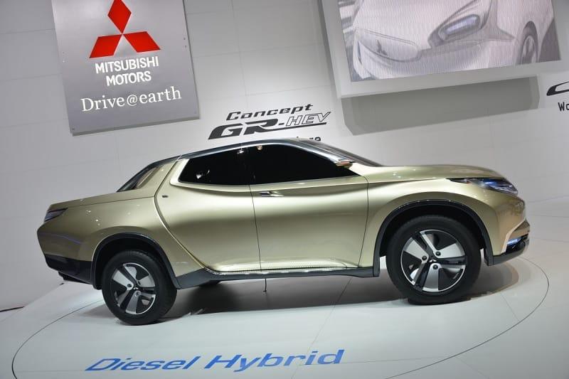 2013 Mitsubishi GR-HEV concept model