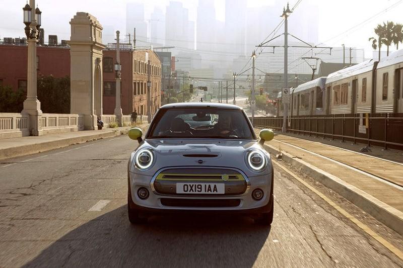2021 Mini Cooper SE Front